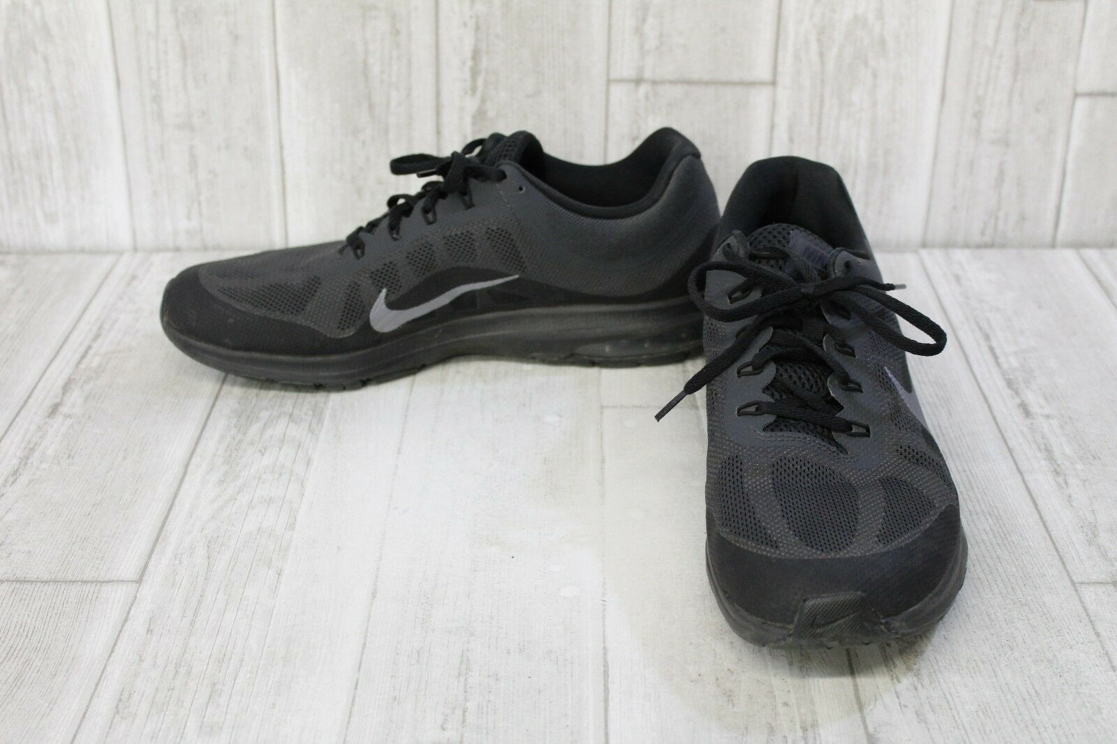 Nike Men's Air Max Dynasty 2 Running Shoe - Comfortable Comfortable and good-looking