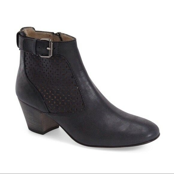 NEW Aquatalia Francie Black Leather Laser Cut Ankle Bootie, Women Size 5, $450