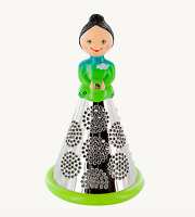 Pylones French Cheese Grater Green Lady Vegetable Shredder Decoration Figurine