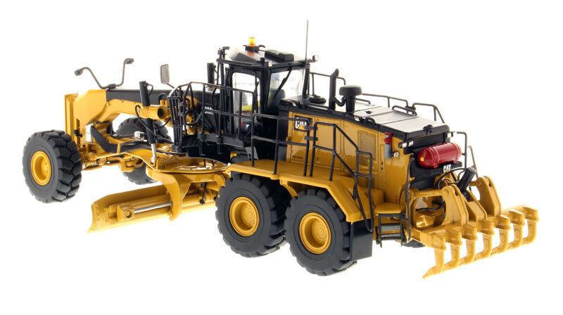 Caterpillar 85521 Model 18M3 Self-Propelled Motor Grader  1 50 Diecast Vehicles  pratique