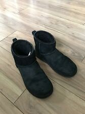 Women's Black Short Ugg Boots 5.5 Diamanté Bows