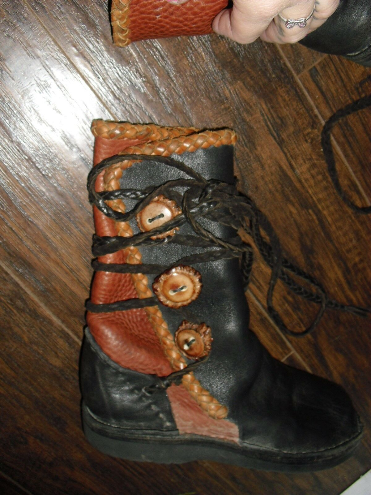 HEAVY LEATHER  MOCCASIN BOOTS    BUTTONS RENAISSANCE MEDIEVAL