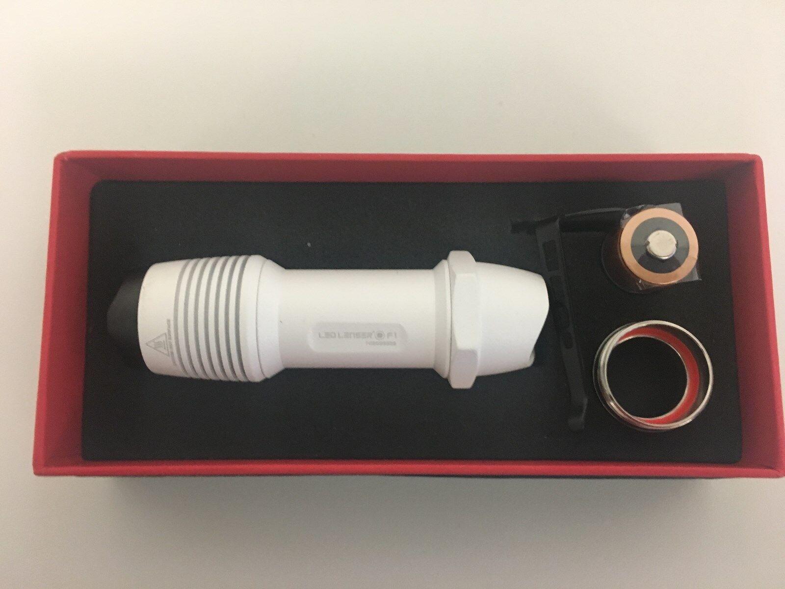 Led Lenser F1 - 500 Lumen - whiteo - en Caja de Regalo
