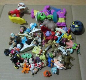 Lote-50-munecos-plastico-miniaturas-pitufos-bob-esponja-y-otros-demonios