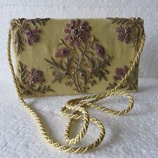 Ancien petit sac ou pochette toile et perles brodées