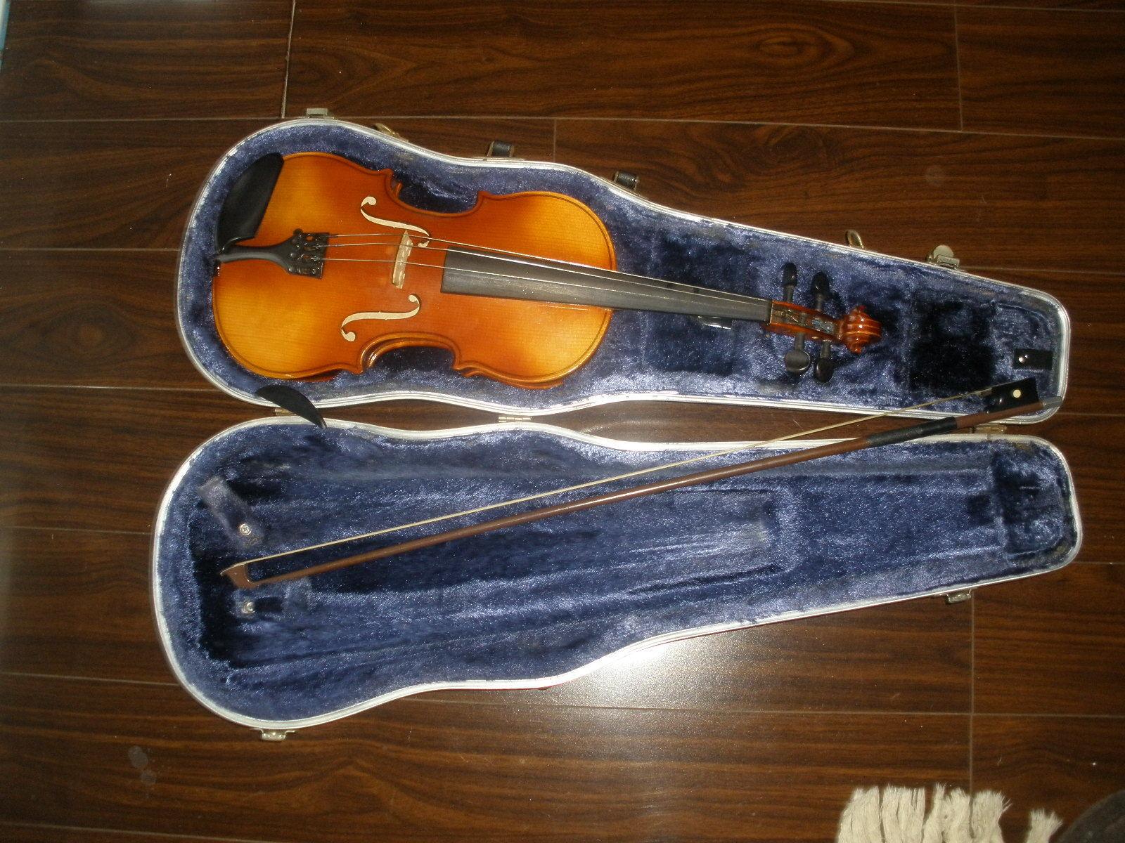 Violin 3 4 By Josef Lorenz Luby (Schonbach), Czechoslovakia and GLASSER bow.
