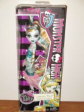 MONSTER HIGH DAWN OF THE DANCE LAGOONA BLUE RARE!! (WORLDWIDE SHIPPING!!!)