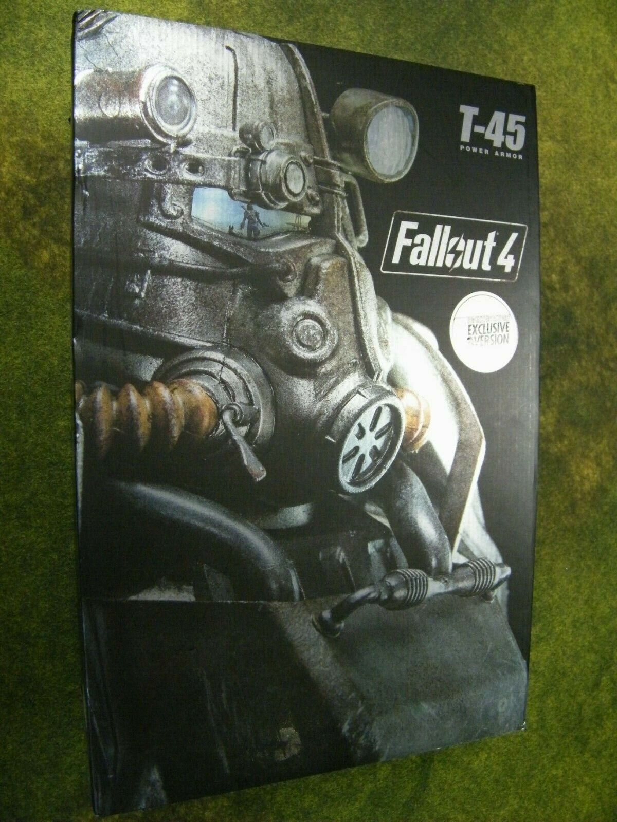 Fallout 4 T-45 Power Armor EXCLUSIVE with Chain Mini Gun