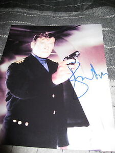 ROGER-MOORE-SIGNED-AUTOGRAPH-8x10-PHOTO-JAMES-BOND-007-OCTOPUSSY-MOONRAKER-COA-L