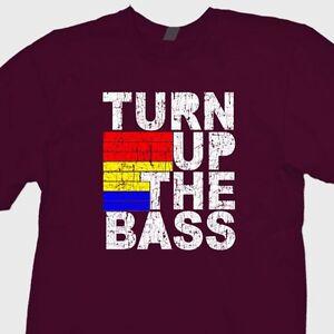 TURN-UP-THE-BASS-Music-Club-Dubstep-T-shirt-Dance-Disco-Tee-Shirt