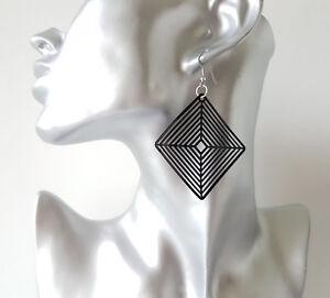 5-5cm-long-black-diamond-geometric-shaped-lightweight-drop-earrings