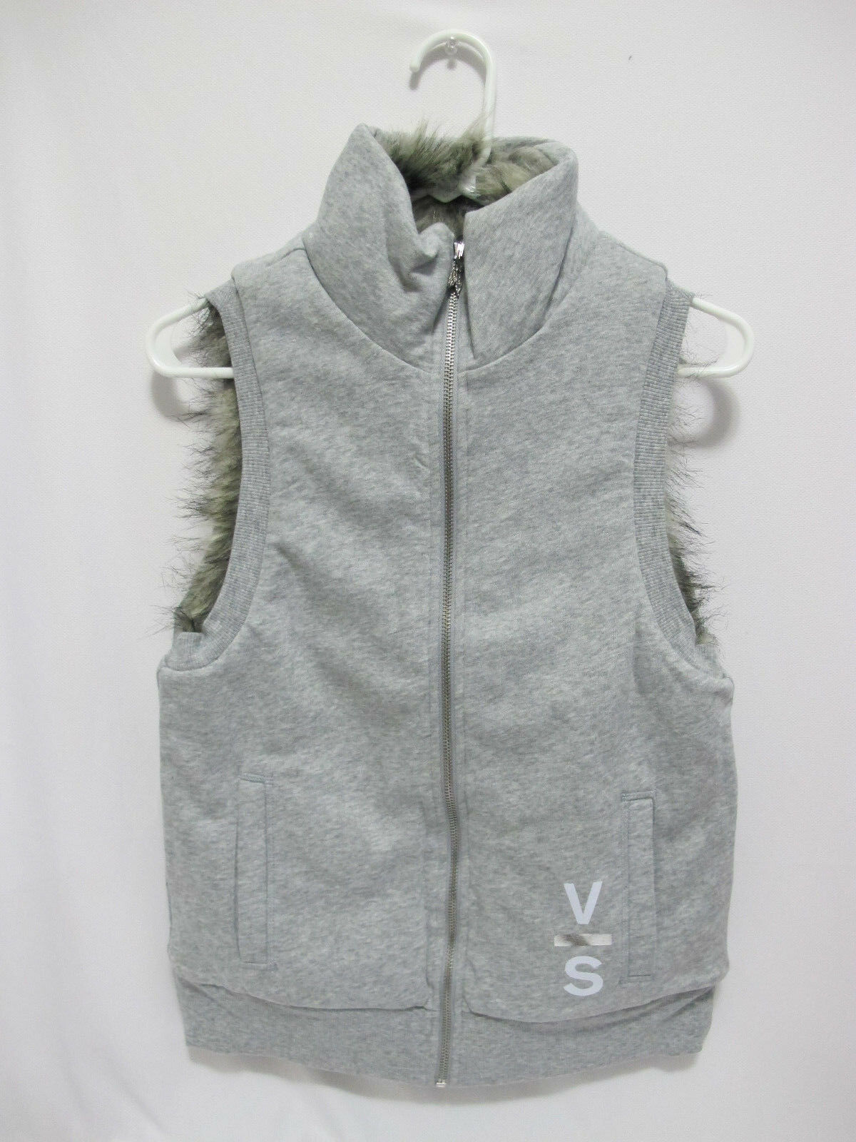 NIP Victoria's Secret Faux Fur Grey Reversible Full Zip Hoodie Vest XS FREE SHIP