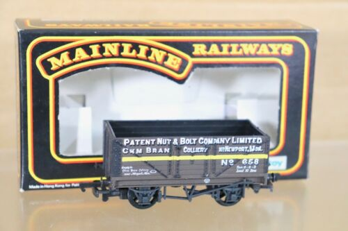 MAINLINE 37406 PATENT NUT /& BOLT NEWPORT 7 PLANK WAGON 658 MINT BOXED nt