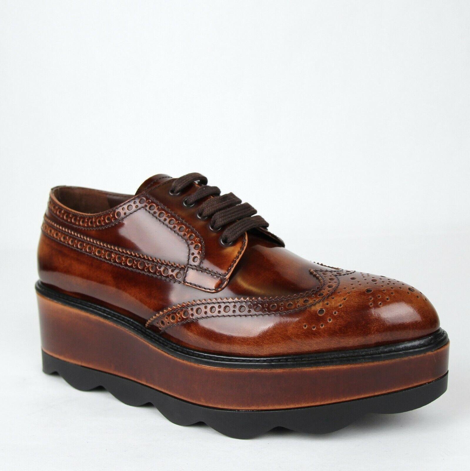 1090 Prada donna  Brushed Marronee Patent Leather Platform Oxford Dress scarpe 1E935G  acquista la qualità autentica al 100%