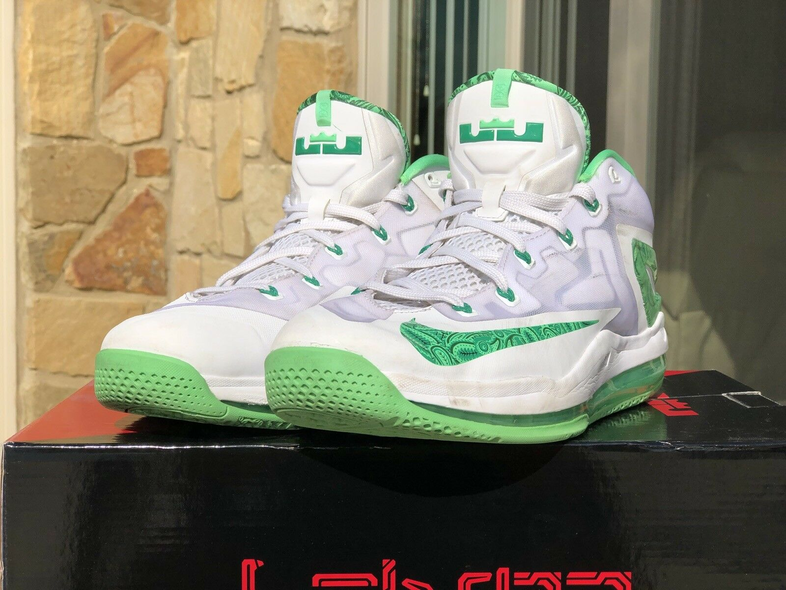 Pre-Owned Nike LEBRON XI 11 Low Easter White Green 642849-100 Men's Sz 13