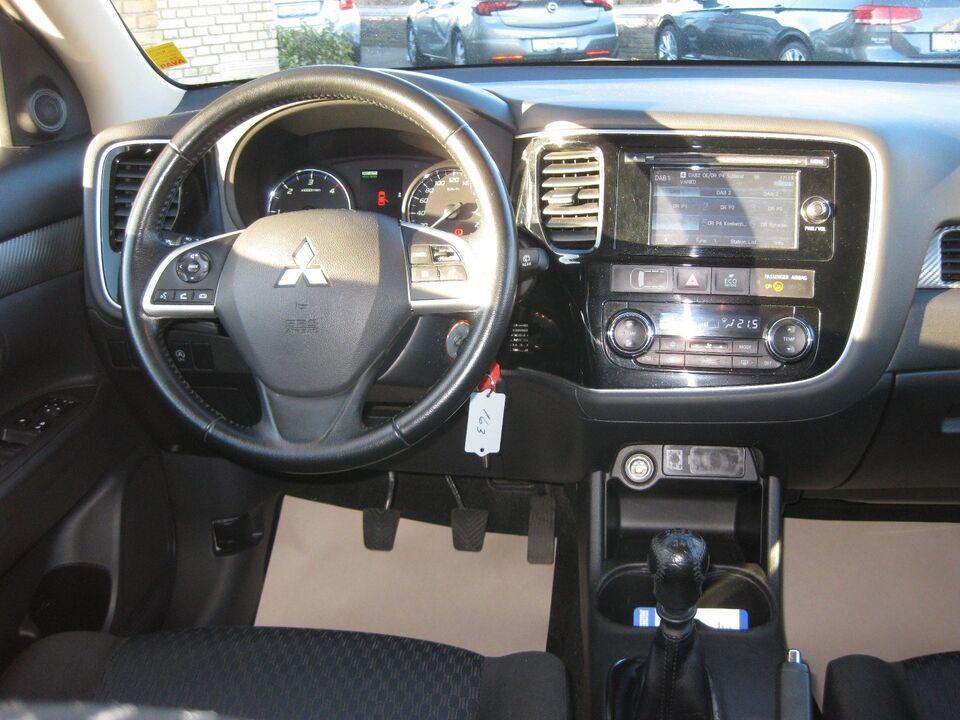 Mitsubishi Outlander 2,2 DI-D 150 Intense 4WD Diesel 4x4