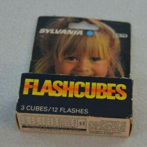 Vintage Sylvania Flashcubes 3 Cubes 12 Flashes New