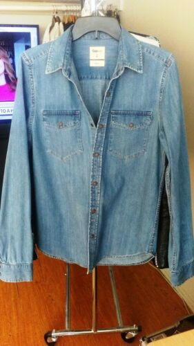 Gap Light Blue Slim fit Denim Snap Front Shirt Siz
