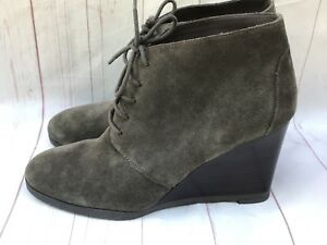 ea7b578e4b5dc Franco Sarto Weston Suede Wedge Lace Up Booties Sz 10 Taupe Gray