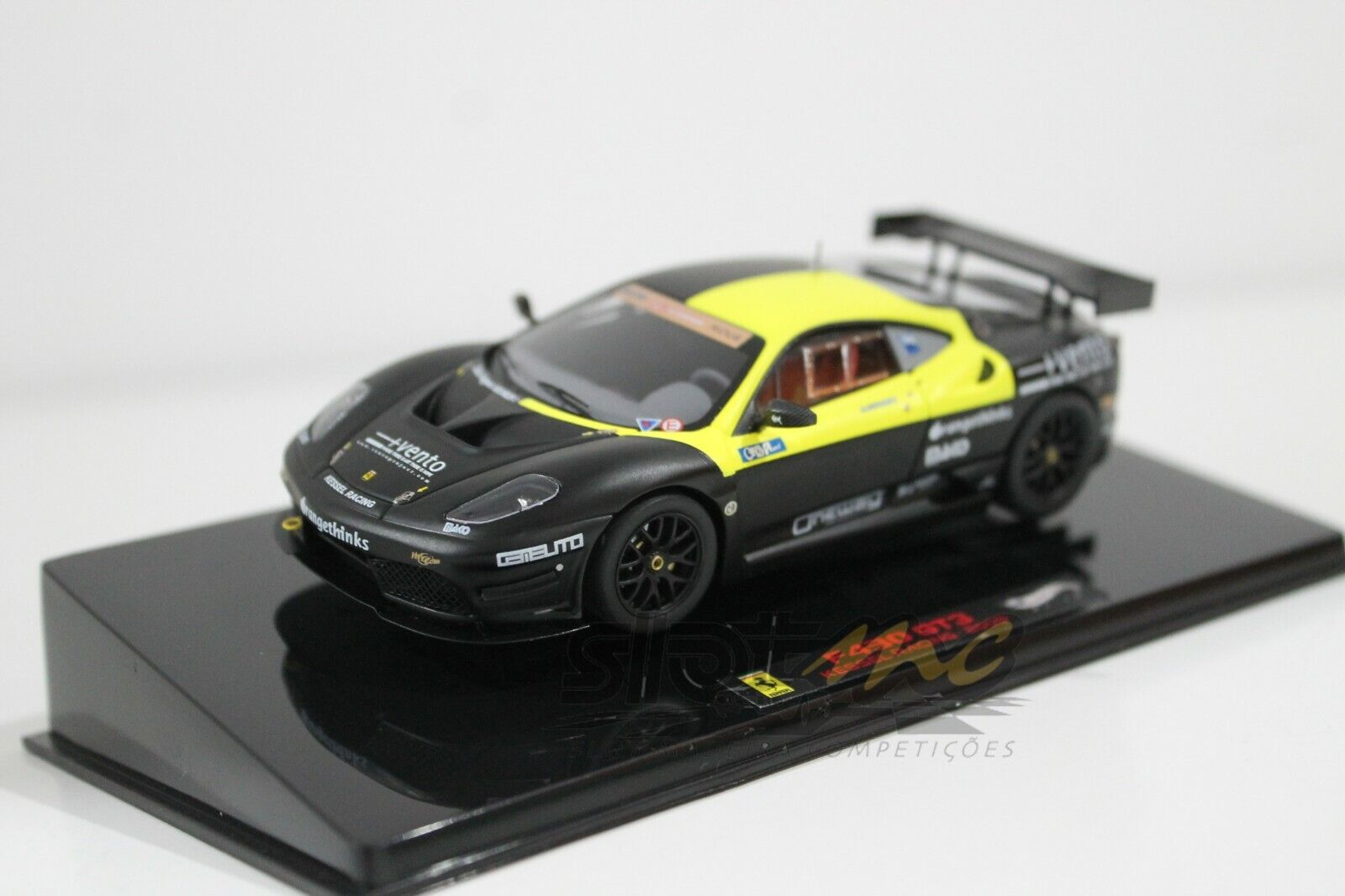 HotWheels V6683 F430 GT3 Kessel Racing - 2009 1 43  NEW