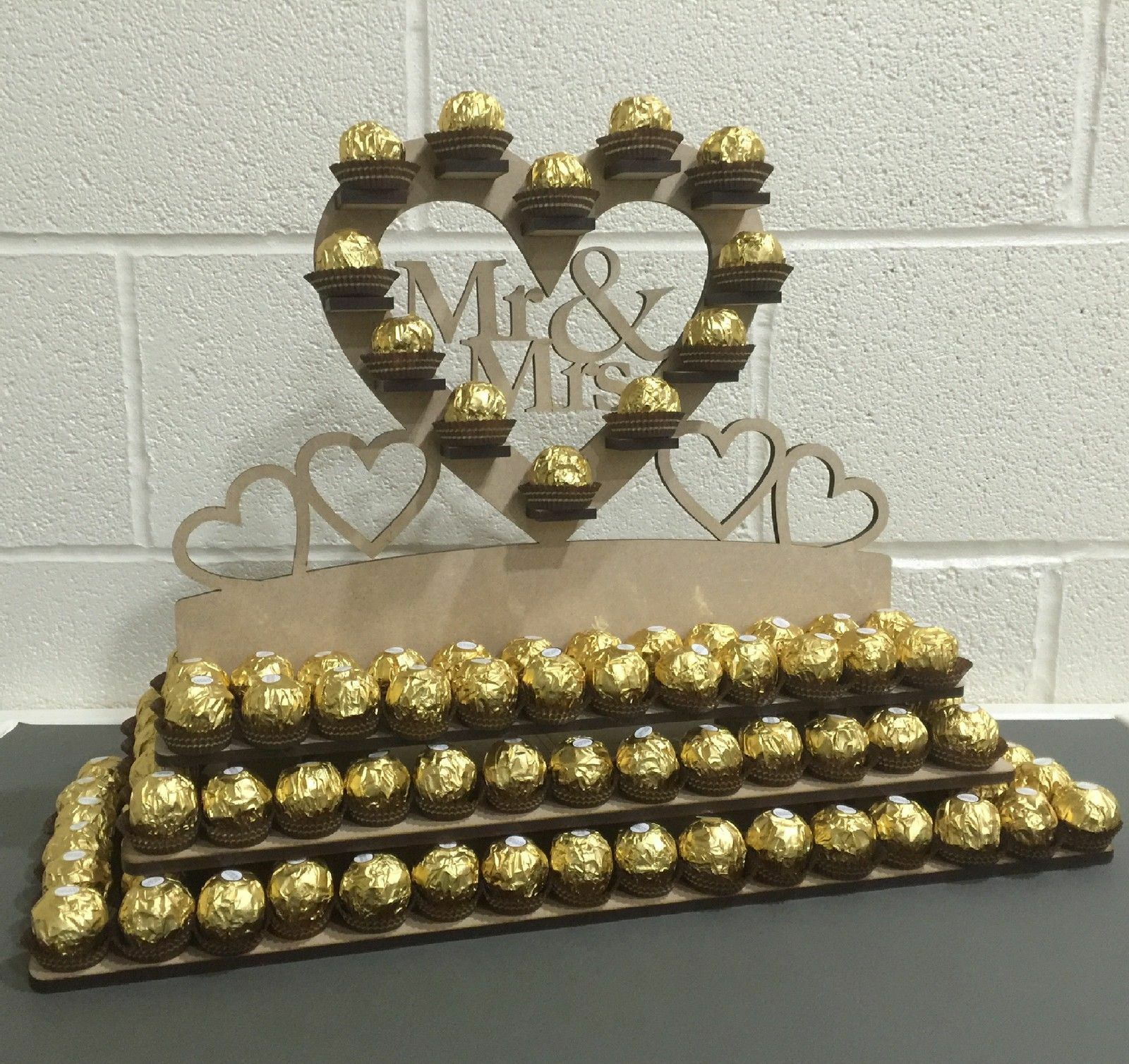 Y10 148x Ferrero Rocher Chocolate Pyramid Wedding Centre Display Stand Mr & Mrs