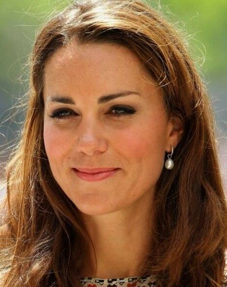 Pearl Cultured Hoop Earrings 925 Silver Plated Stud Duchess of Cambridge Style