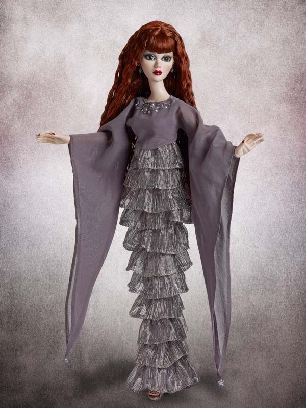 Mourning Mist Evangeline Ghastly doll NRFB Wilde Imagination LE 350 Tonner