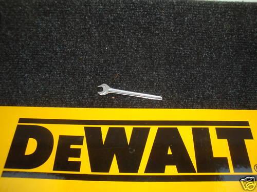 DEWALT 8 mm O//E Clé pour utilisation avec des routeurs /& raboteuses 868148-00