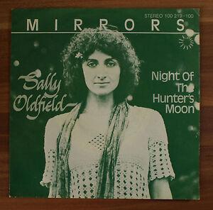Single-7-034-VINYL-MIRRORS-Sally-Oldfield-Night-of-the-Hunter-039-s-Moon