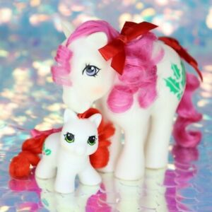 Vintage-My-Little-Pony-December-Birthflower-HOLLY-amp-LIL-HOLLY-HQG1C-G1-MLP-BO027