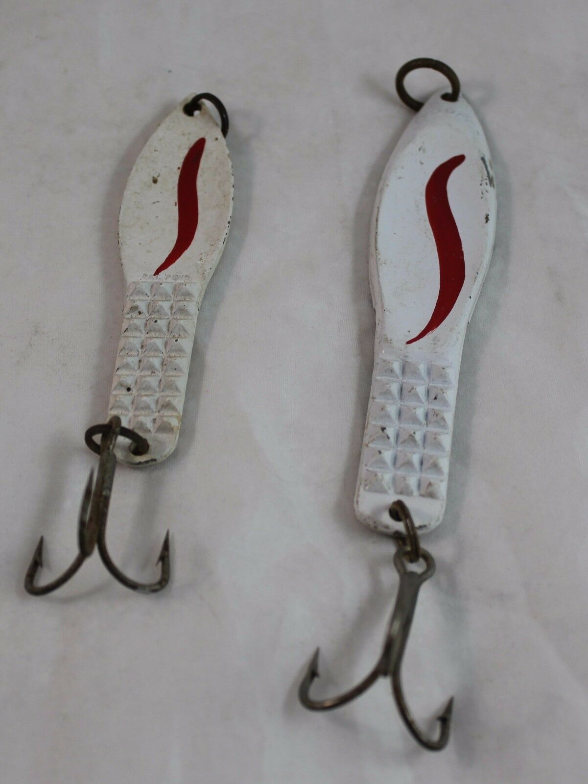 Two VINTAGE Tuna Fishing Jigs Spoofer Iron White 4  and 5
