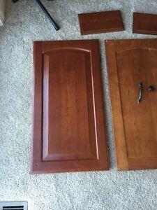 36 Solid Raised Panel Cherry Merillat Doors Amp 22 Solid