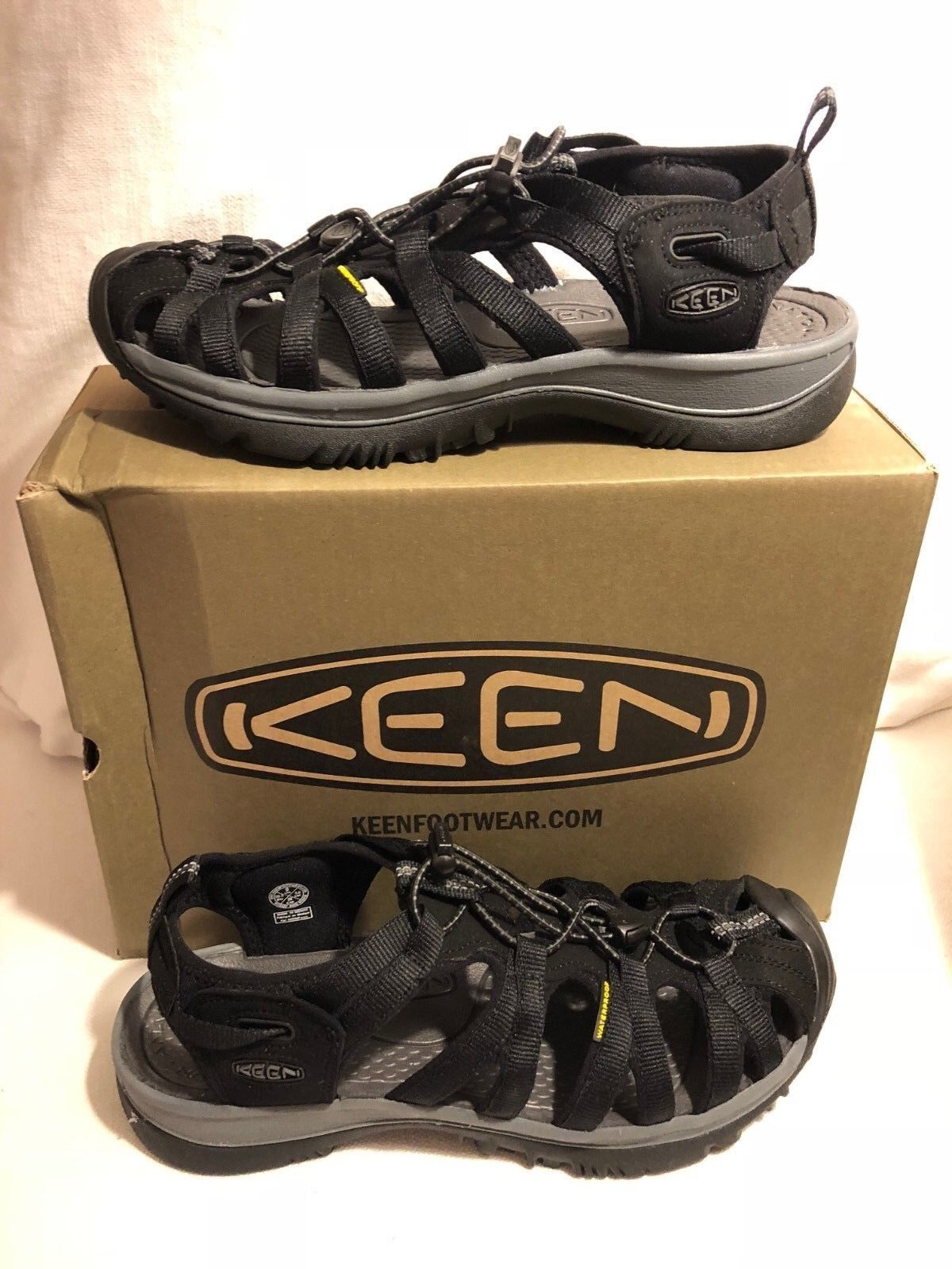 Keen Whisper nero Magnet Sport Sandal Wouomo Dimensiones 5-11 NEW