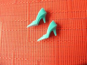 VINTAGE-BARBIE-TURQUOISE-CLOSED-TOE-MARKED-JAPAN-FROM-1960-039-S
