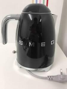 NEW-3D-Letters-Smeg-KLF03BLUK-Black-Kettle-Customer-Return-60-Day-Warranty