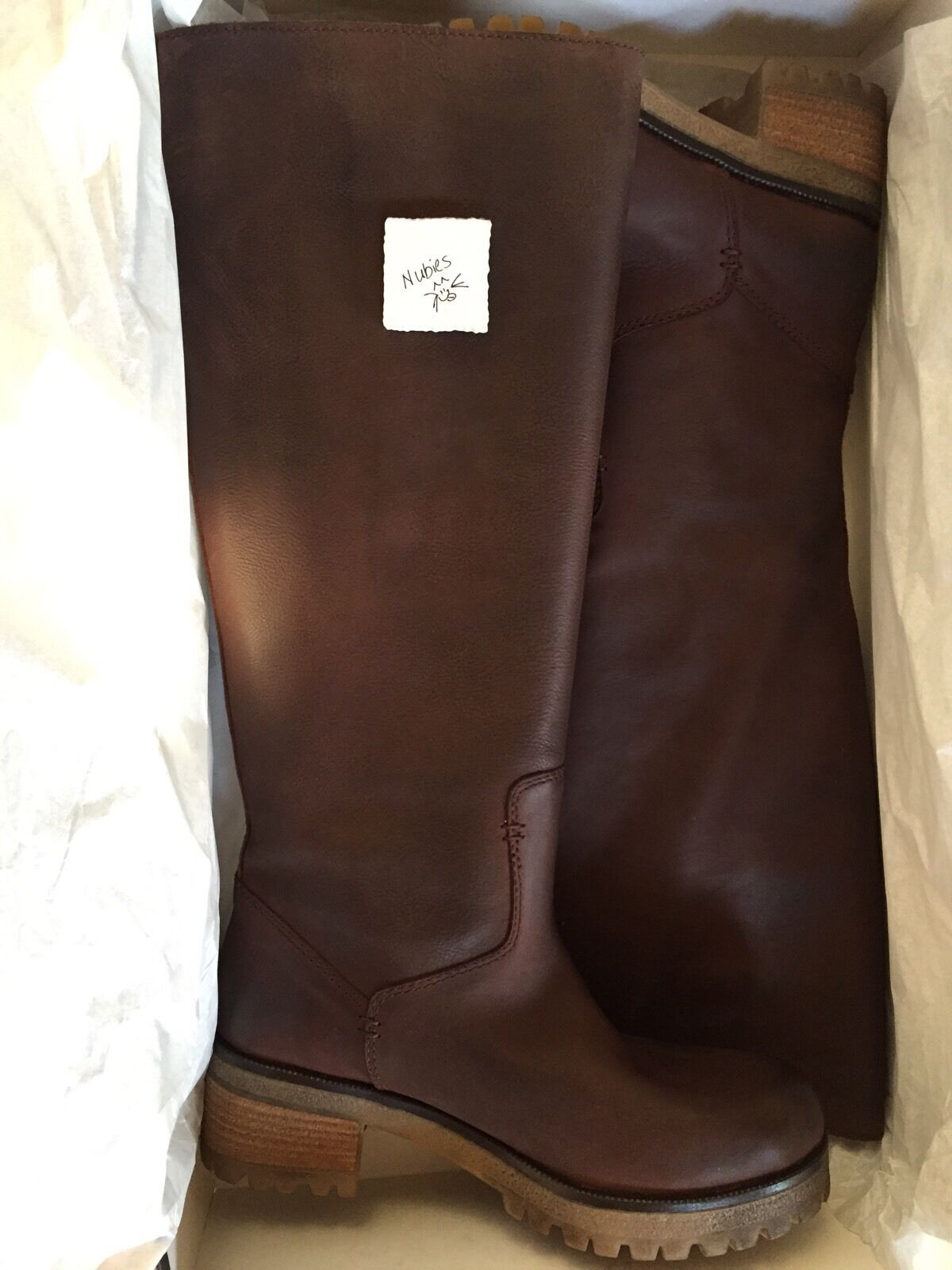 535 New Sz 7 Barneys New York Dark Brown Ruby Leather Lug Soles Pull On Boots