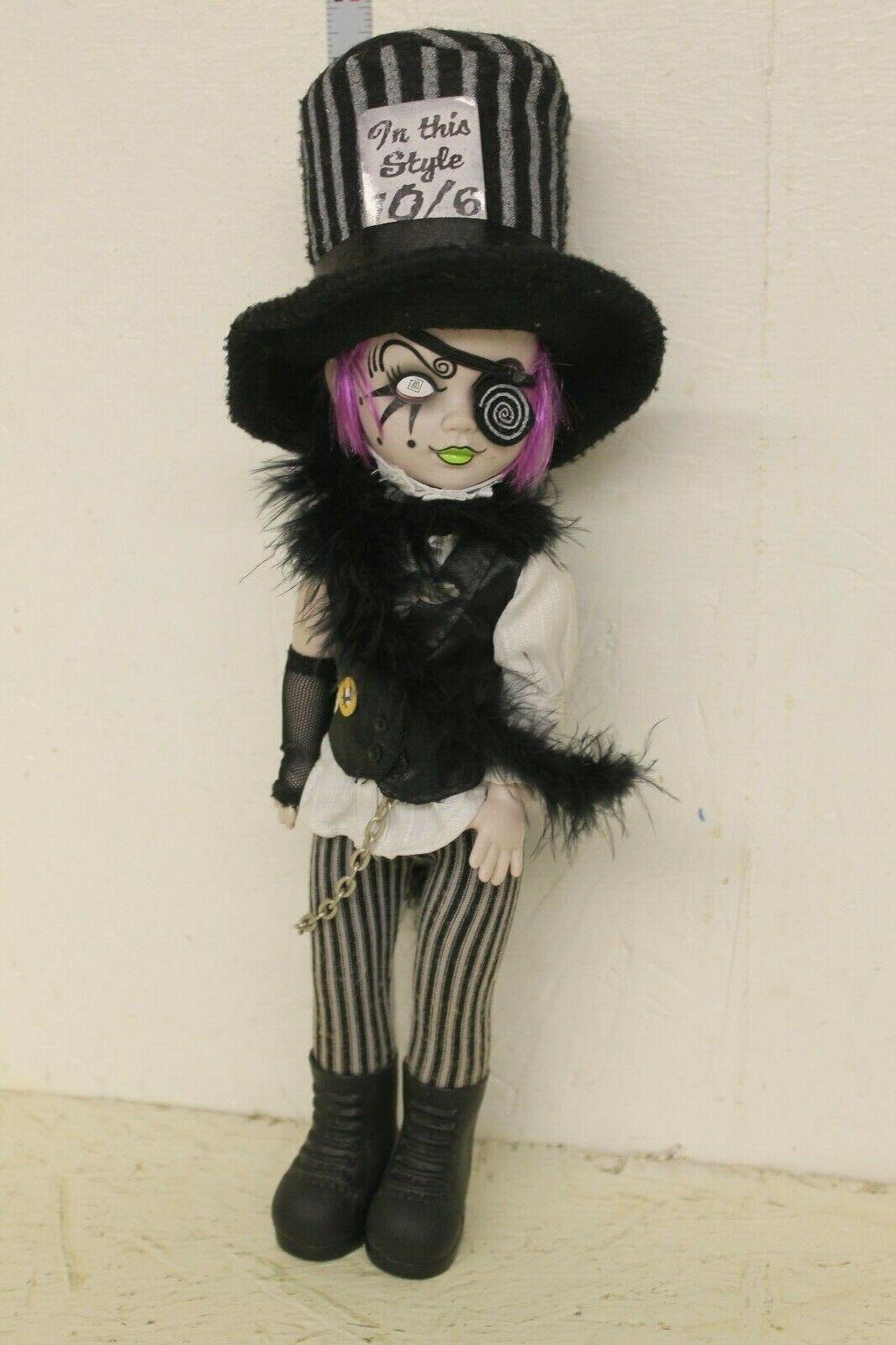 Mezco Living Dead Dolls Alicia en el país de las maravillas  Sombrerero loco  Figura Suelta