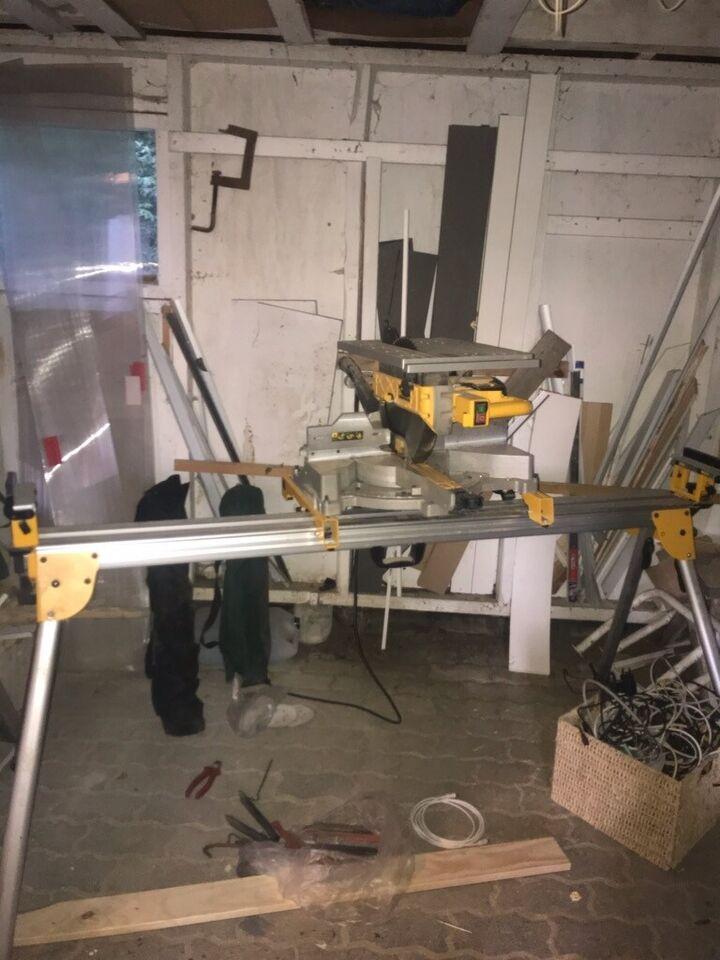 Bordgeringssav med udtræk 305 mm D27112, DEWALT, Dewalt