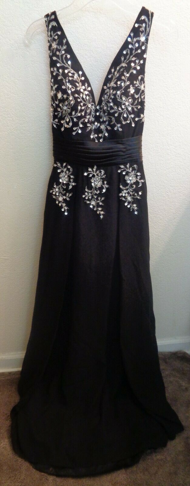 schwarz Formal Evening Gown Dress with Sequin Design and Cross Back Straps