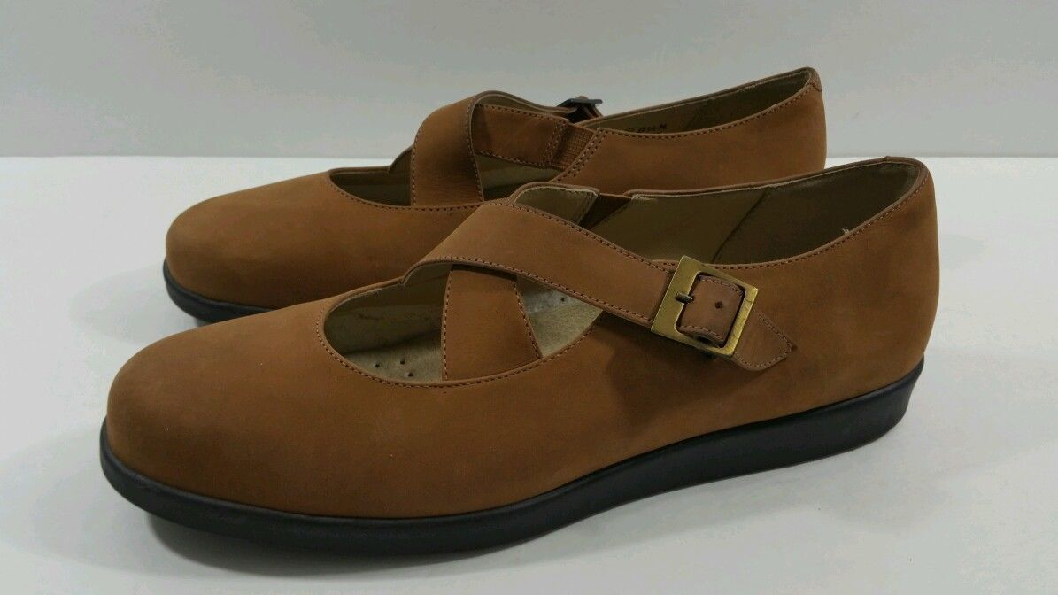 Rockport Women's Brown X Strap MJ Brown Loafers - Size 8.5M