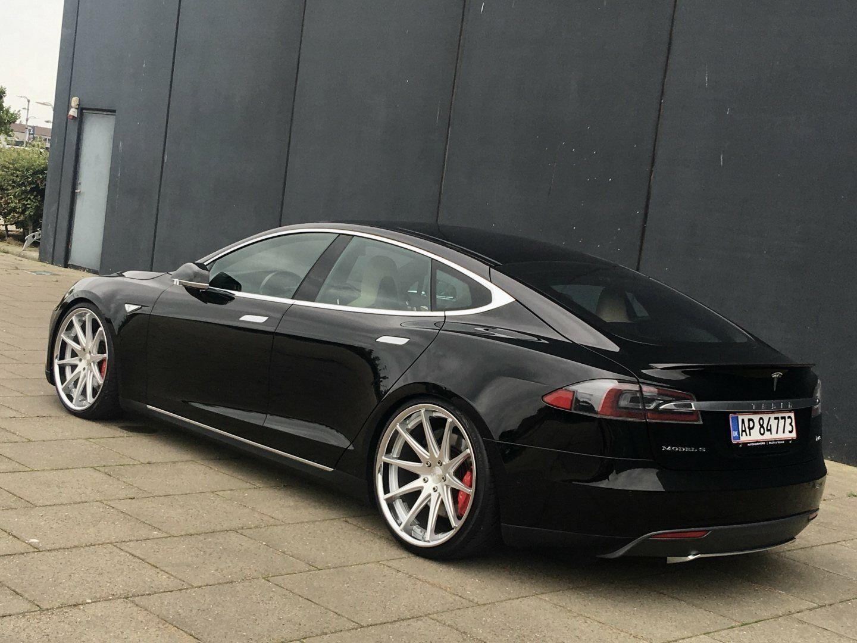 Tesla Model S  P85+ 5d