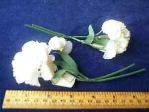 Vintage-Millinery-Flower-White-Satiny-Carnation-pr-P4-So-Pretty