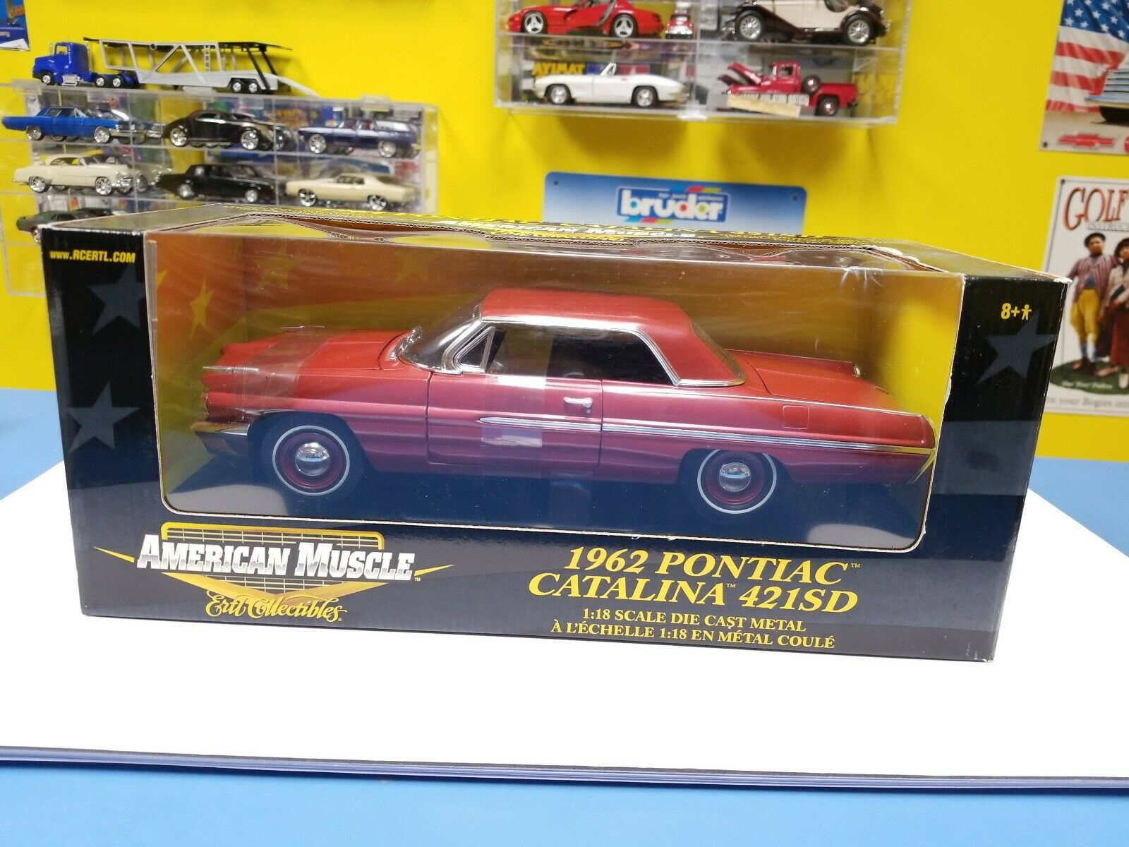AMERICAN MUSCLE ERTL 1962 PONTIAC CATALINA 421SD   RED   NEW