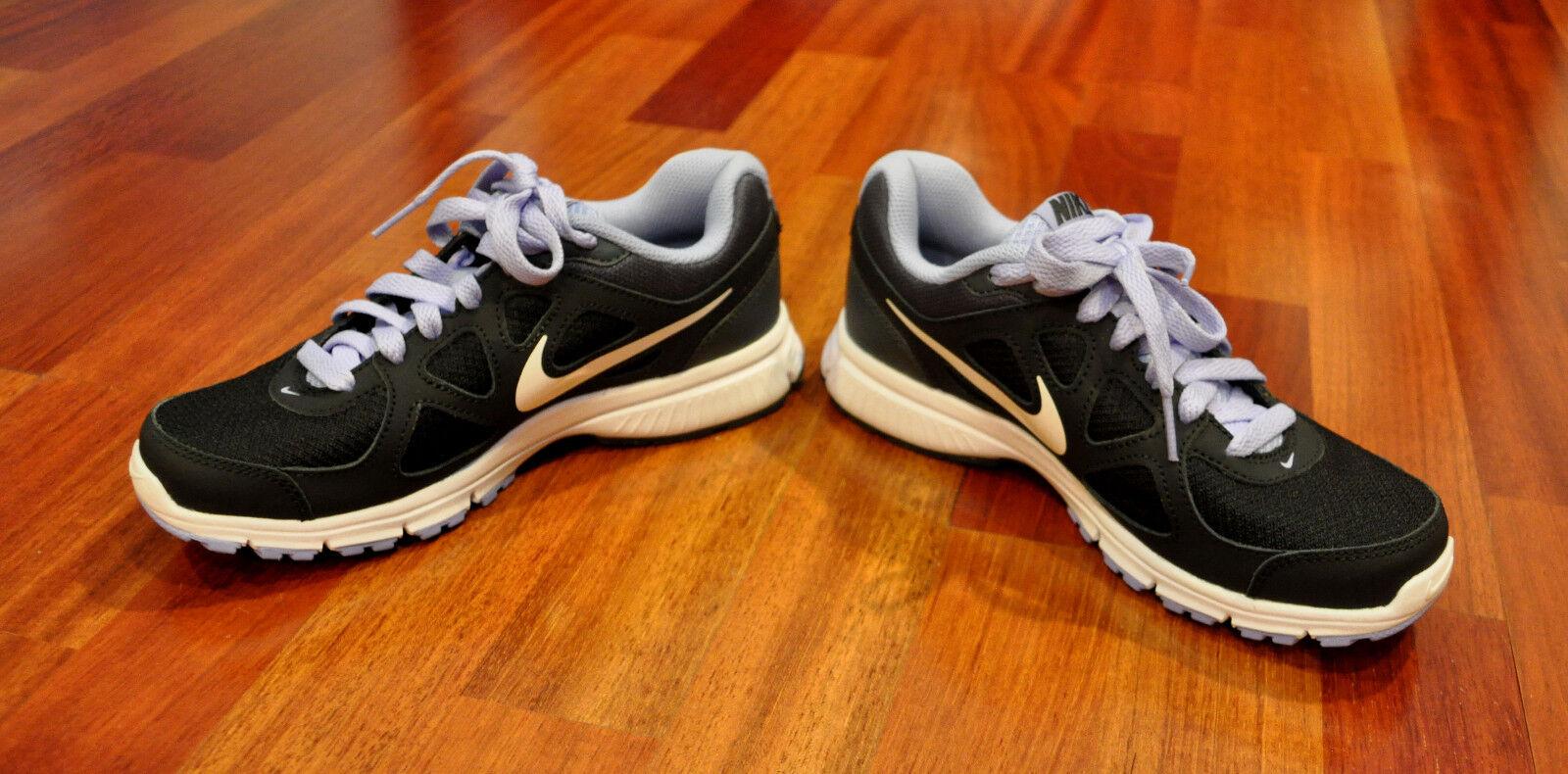 le scarpe scarpe scarpe nike rivoluzione misura 5,5 viola nero 488148-001 atletico   Della Qualità    Delicato    Uomo/Donne Scarpa    Scolaro/Ragazze Scarpa    Scolaro/Ragazze Scarpa  05c0f0