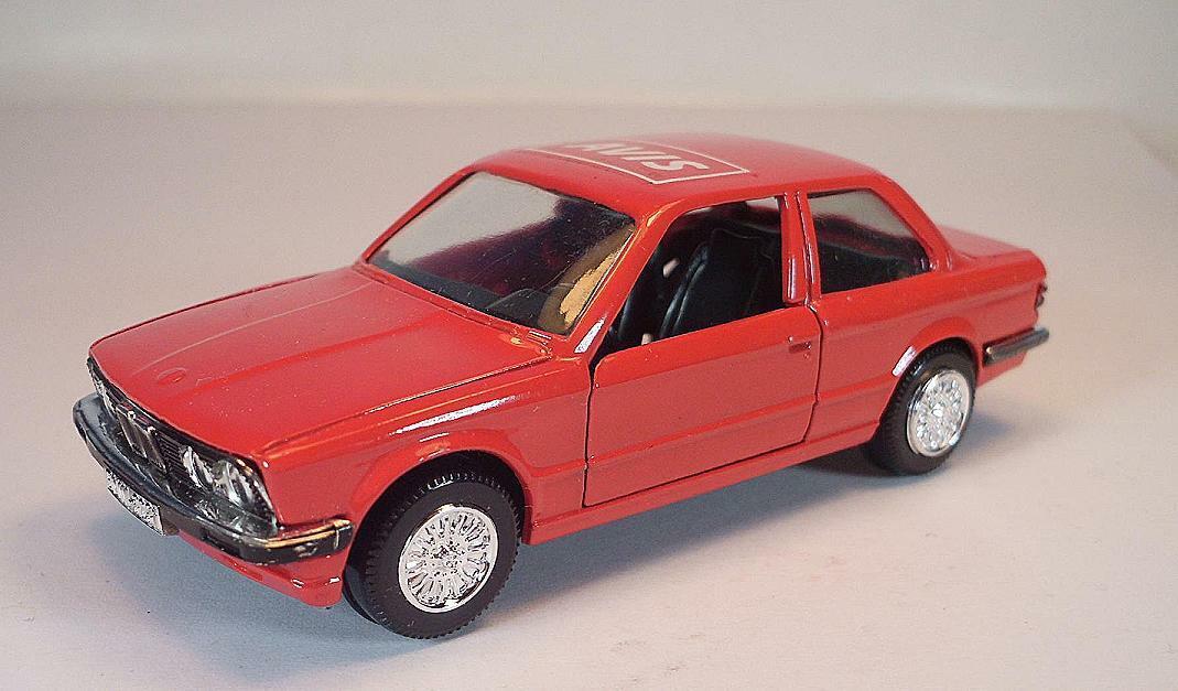 Gama 1 43 Nr. 1166 BMW 323i Limousine rot WerbeModellll AVIS  3381