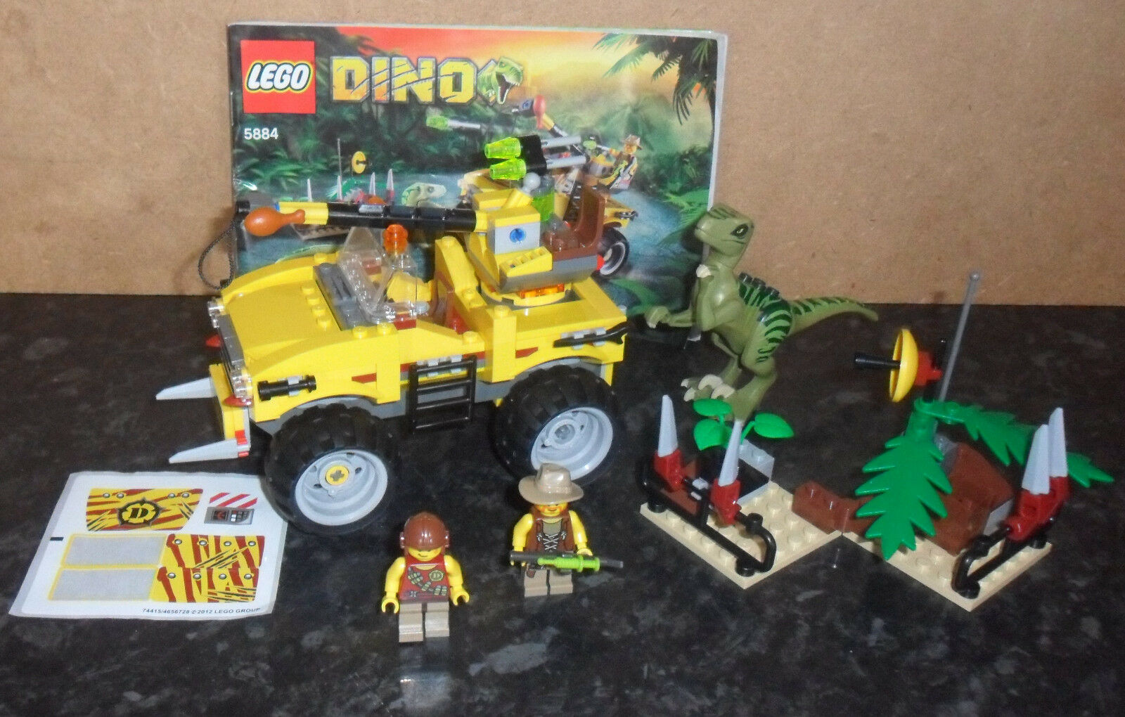 Lego Dino 5884  Raptor Chase,Instruction Book -No Box .  Very nice condition