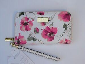 Liz Clairborne Floral Erica Zip Around Smartphone Wallet Removable Wrist Strap