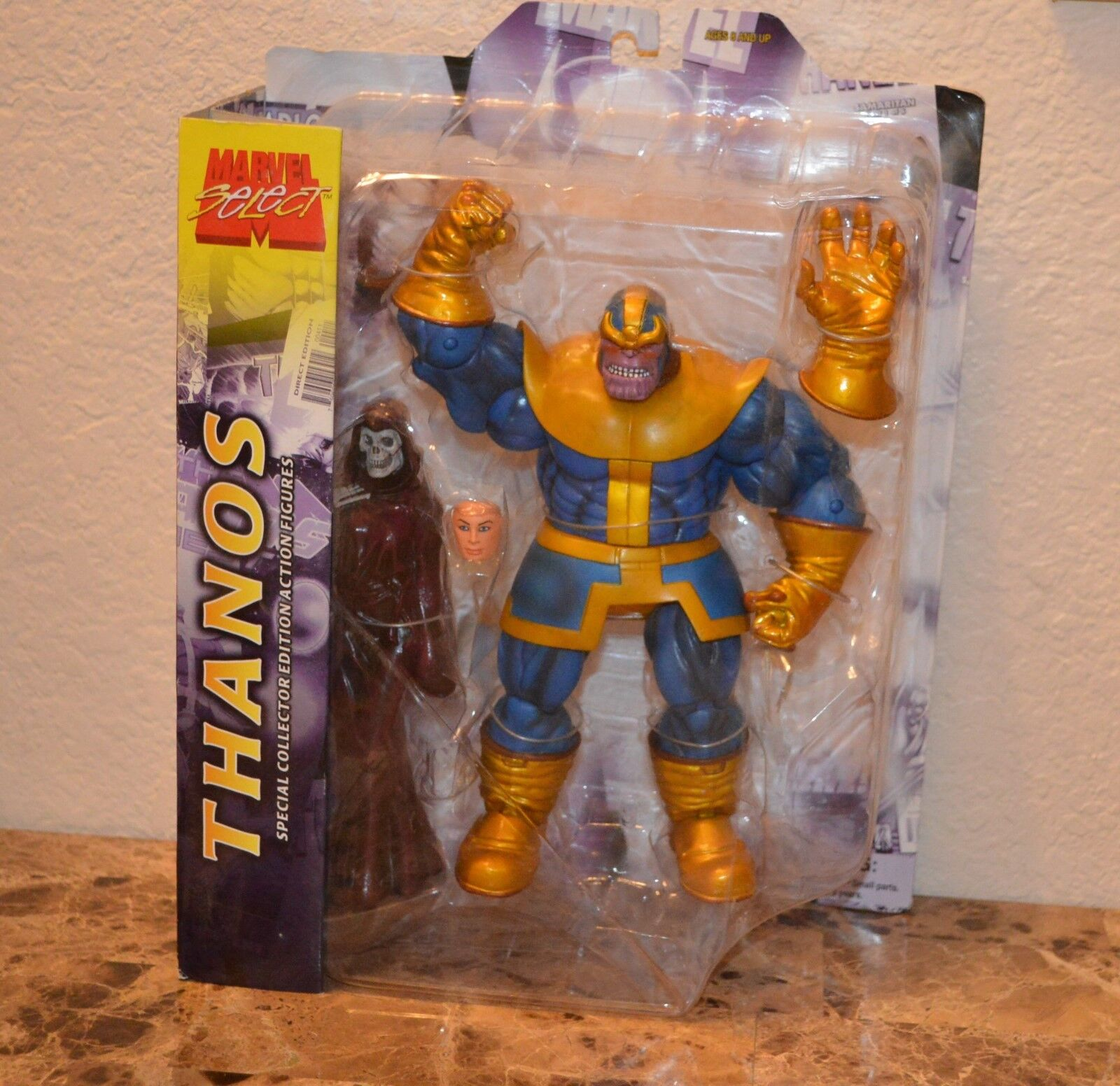 New Diamond Select Toys Marvel Select Thanos Action Figure Infinity Gauntlet