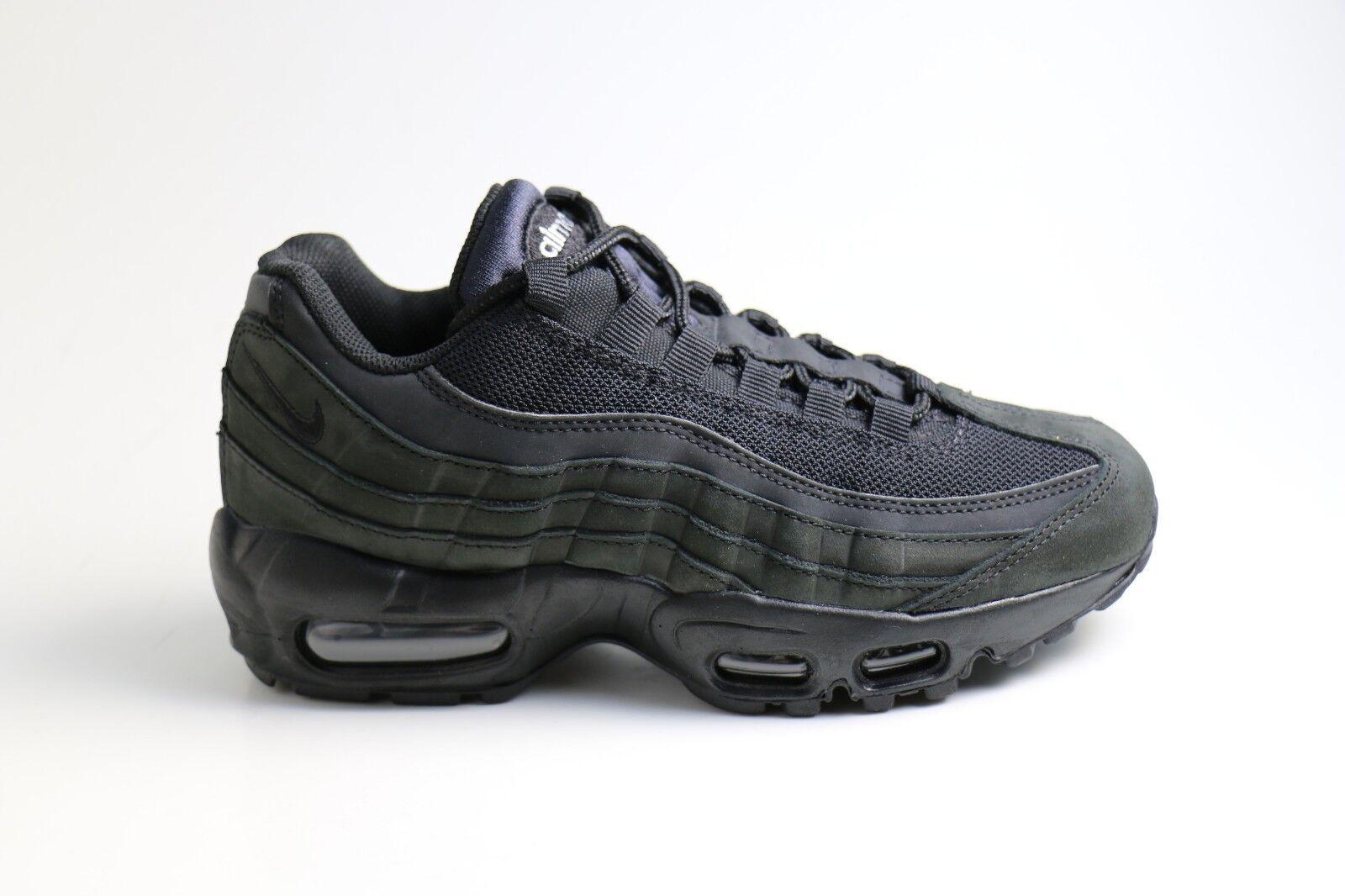 Nike Wmns Air Max 95 Triple Black EU 36,5 37,5  US 6,5  880303 001 Damen Sneaker