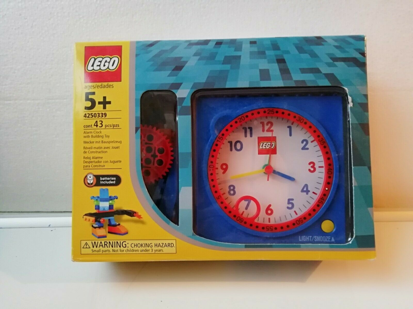 Lego no 4250339. Alarm Clock with Building Toy. Unused, still sealed in box.